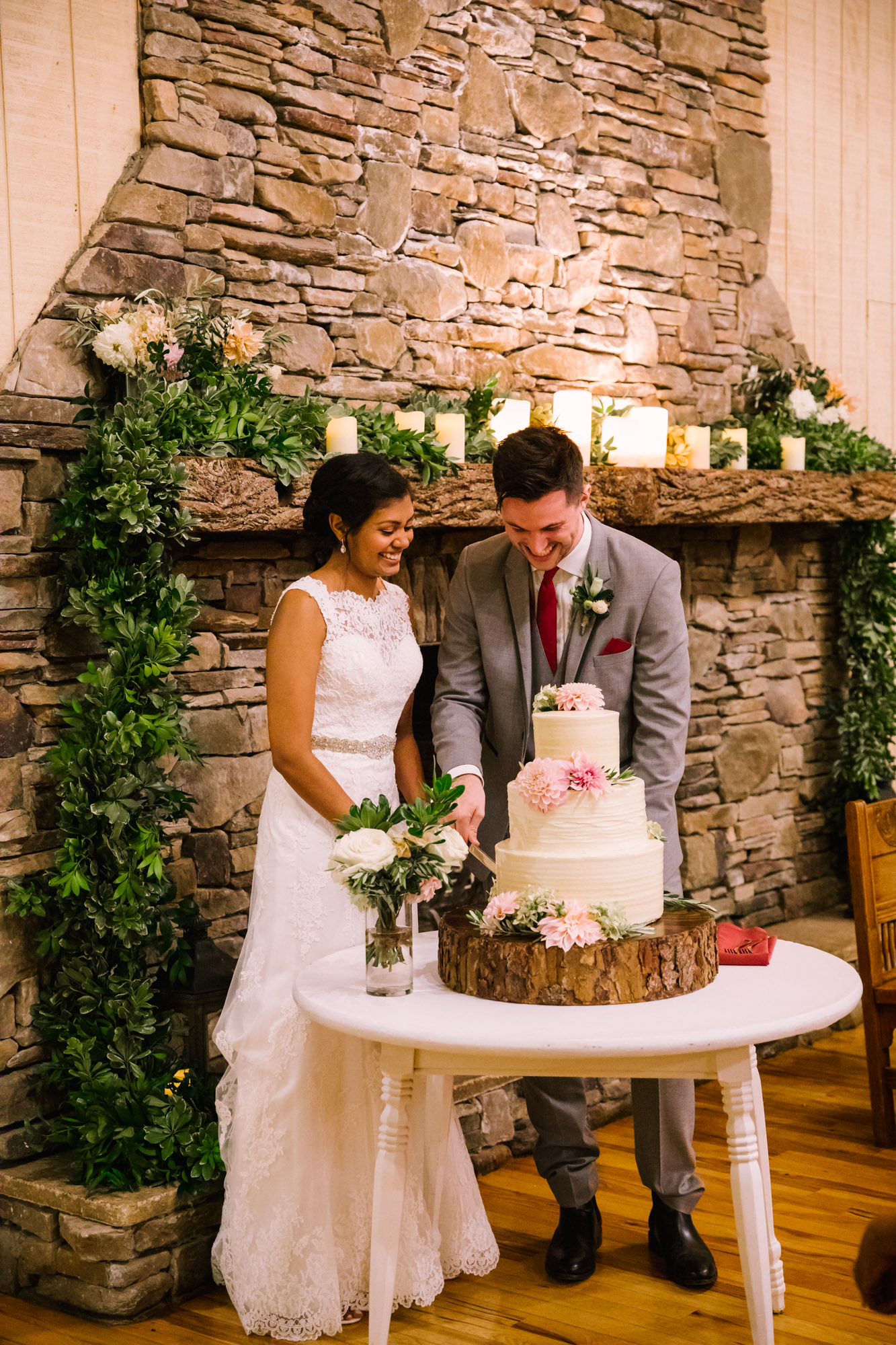 Waynesville NC Wedding Photography | Bride and Groom Cut Cake Full Body