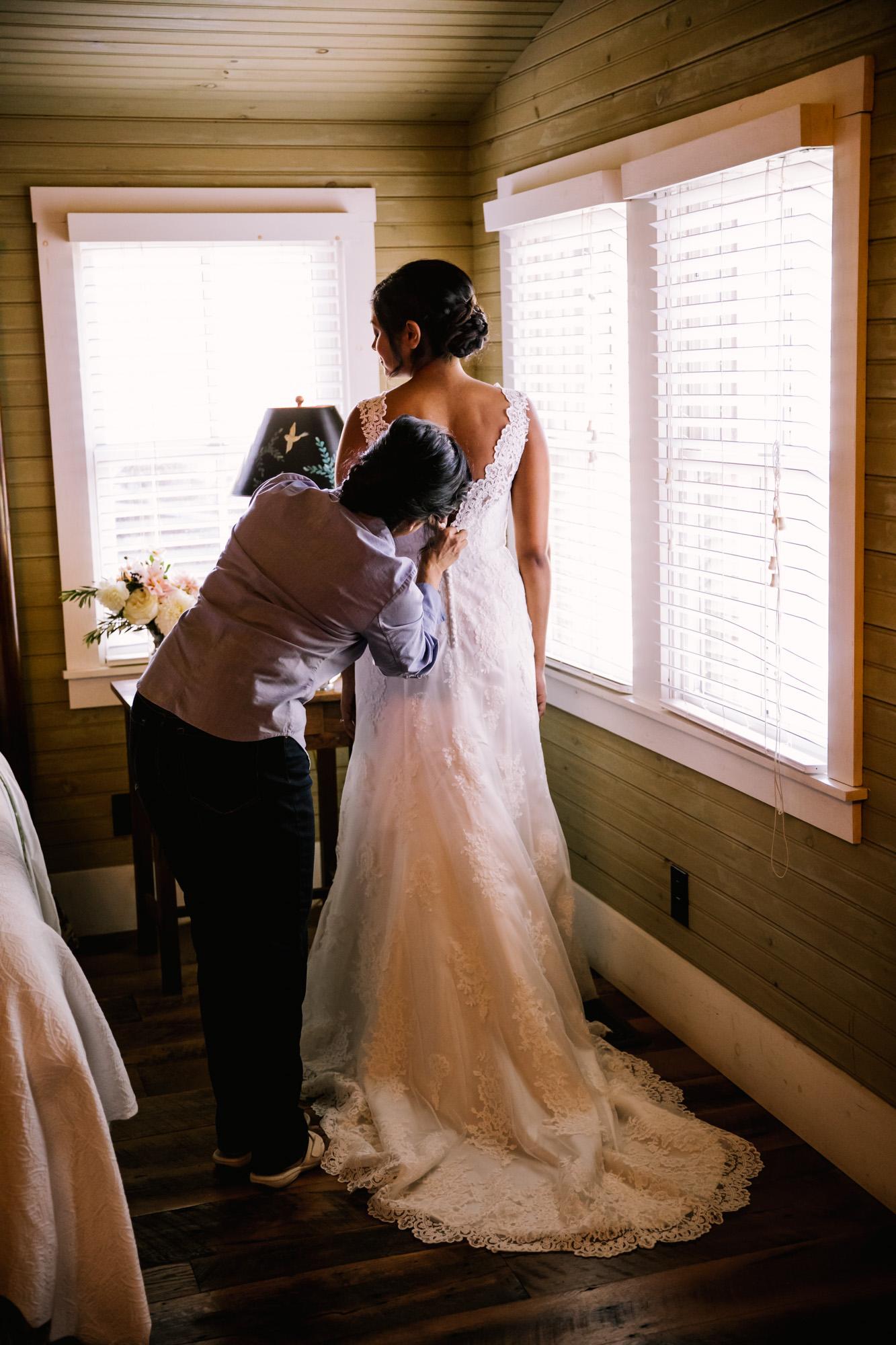 Waynesville NC Wedding Photography | Bridal Preparation