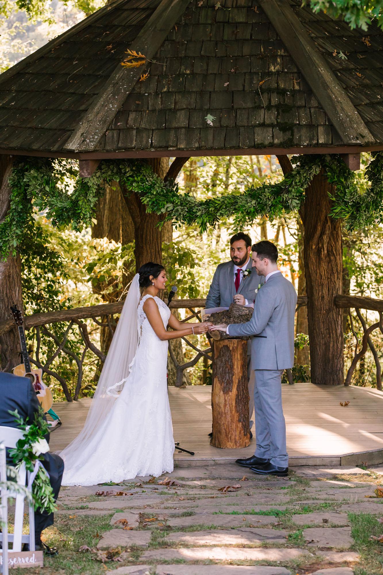 Waynesville NC Wedding Photography | Wedding Ceremony exchanging of rings